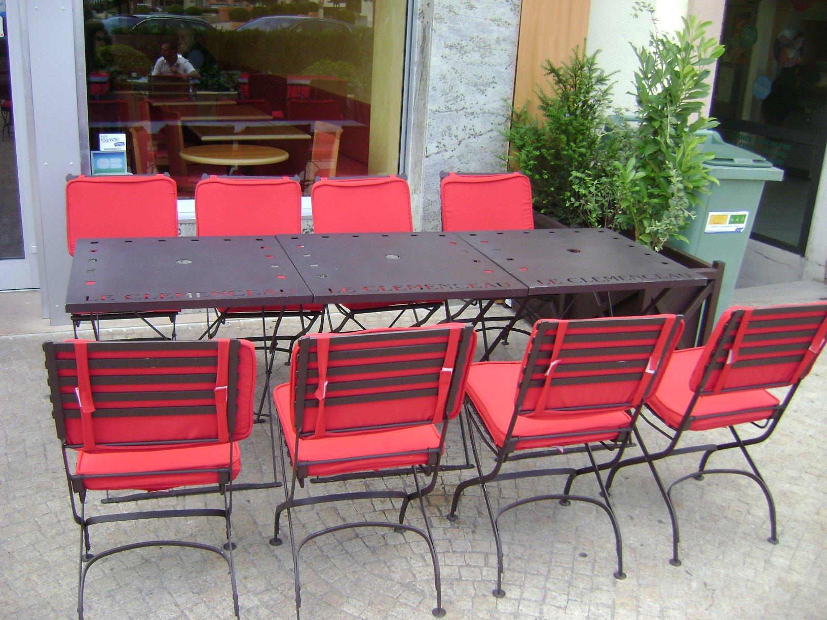 vervas-metal-mobilier-table-3